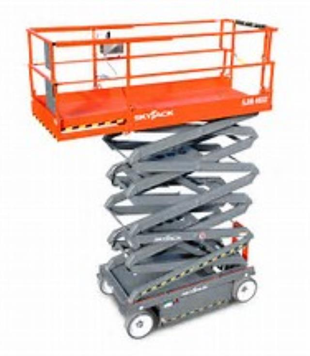 Where to find 26  SKYJACK SCISSOR LIFT in Miami